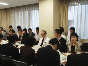 10.18政調・日本経済再生本部及び金融調査会合同会議 (2)