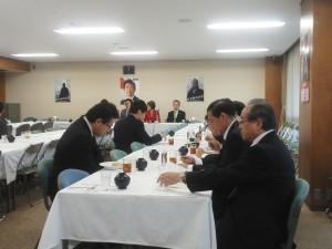 11.15厚生労働部会医療委員会 難病などに関するPT (1)