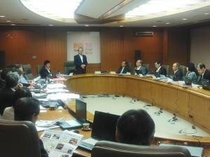 福岡市医師会理事会にて国政報告